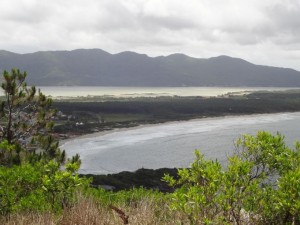 Salzwasserlagune und Atlantik Florianopolis