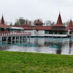 Hévíz mit Heilbad, Keszthely mit Kitschmuseum, Balaton mit Badehaus