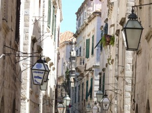 Kroatien - Dubrovnik - enge Gassen, steile Treppen